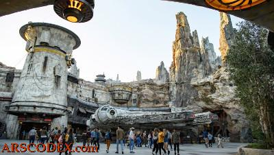Awesome recreation of the Millennium Falcon in Disneyland California now visitable